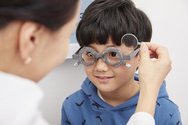 疾患治療だけでなく、健全な視力の発達のために